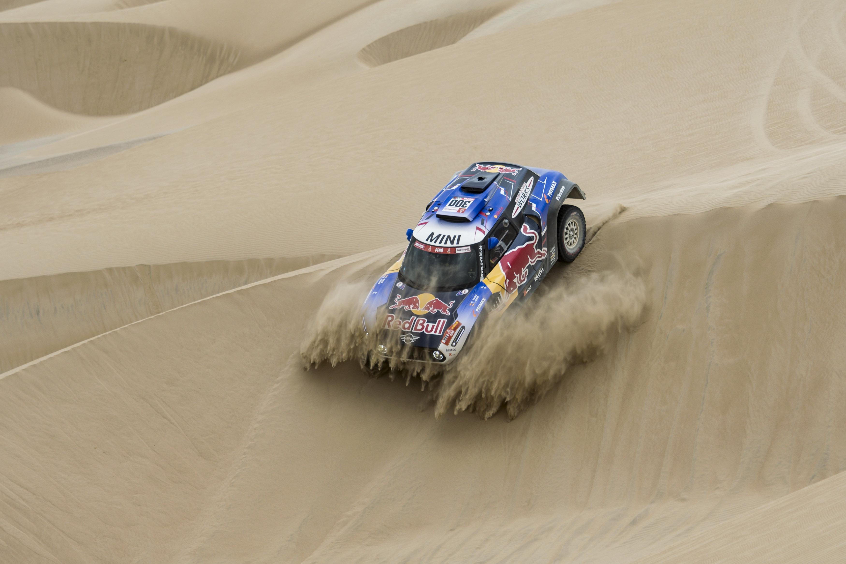 Carlos Sainz en la segunda etapa del Rallye Dakar Pisco - San Juan de Marcona